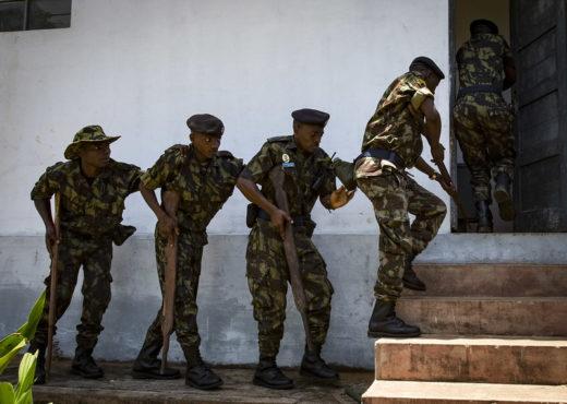 Exercice militaire à Pemba